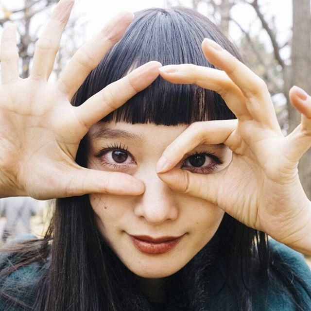 デビュー2ヶ月でパリコレ出演!?元看護師のモデル萬波ユカが美しすぎる!